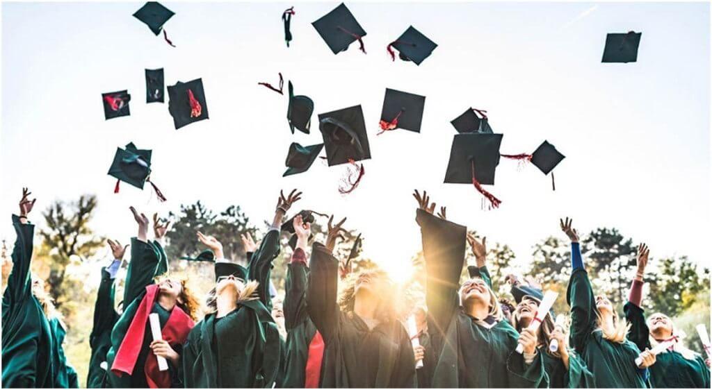 Las carreras universitarias con más salidas en el futuro